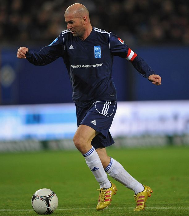 Zinedine Zidane oli kasannut Ronaldon kanssa kovan joukkueen.