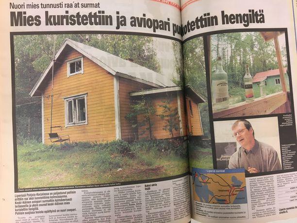 Iltalehti uutisoi kolmoissurmista kesällä 2002. Järjetön murhasarja järkytti koko maata.
