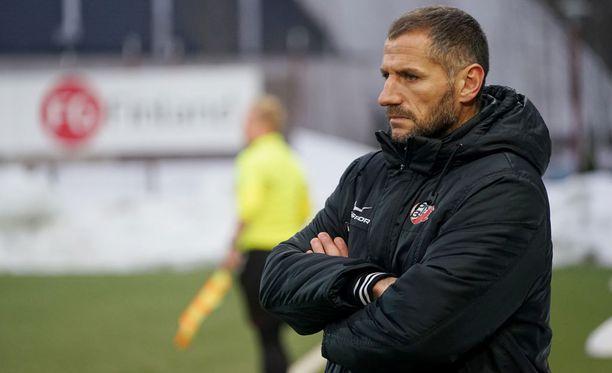 PK-35 Vantaan päävalmentaja Shefki Kuqi oli ylpeä joukkueestaan, joka pakotti HJK:n jatkoajalle.