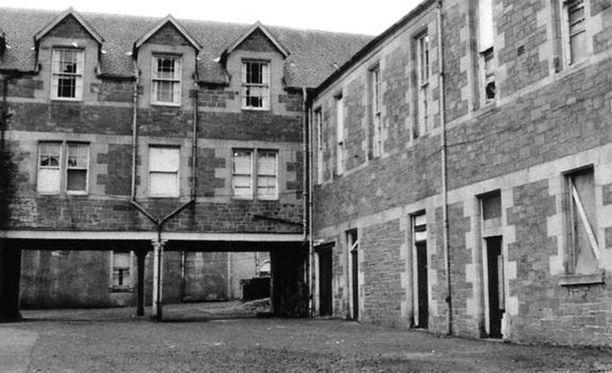 Smyllum Park Orphanage kuvattuna sulkemisensa jälkeen.