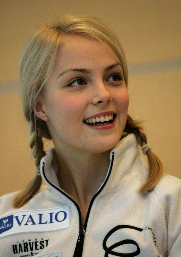 Taitoluistelija Kiira Korpi on suomalaisyritysten suosiossa.