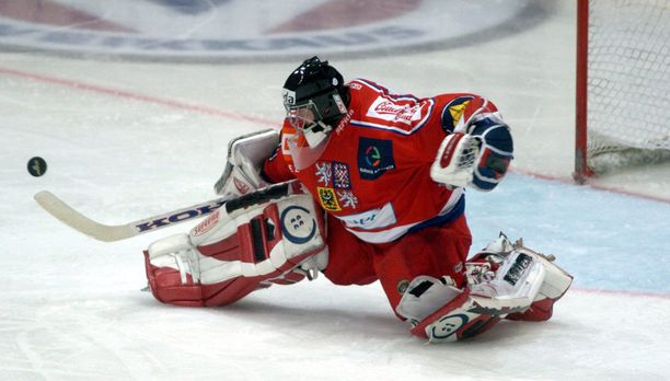 Adam Svoboda edusti Tshekkiä 41 A-maaottelussa.