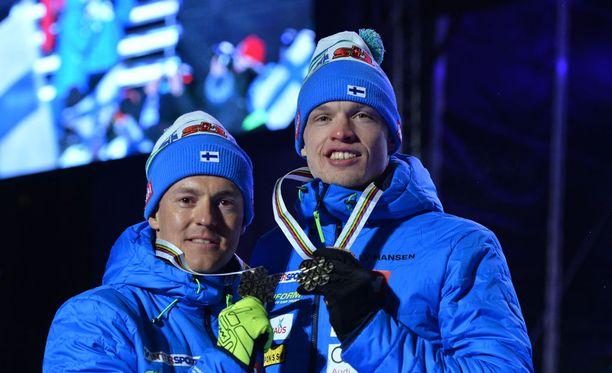 Sami Jauhojärven ja Iivo Niskasen mitalihymyssä oli kitkeriä vaikutteita.