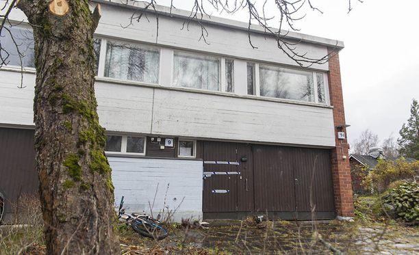 Veriteko tapahtui rivitaloasunnossa Kotkan Helilässä marraskuun 9. päivän iltana.