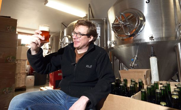 Kun Juho-Matti Karpaleen vaimo ilmoitti, että oluenvalmistukseen käytetylle perheen 45 neliön kaksiossa, Karpale siirsi tarvikkeet veljensä vanhaan navettaan Poriin. Siitä alkoi Ruosniemen Panimon tarina.