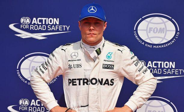 Valtteri Bottas joutuu katsomaan tarkemmin Mercedes-dataa.