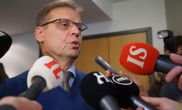 SAK:n hallitus käsittelee parasta aikaa työmarkkinajohtajien eilen sorvaamia peruslinjauksia Suomen uudesta palkkamallista.