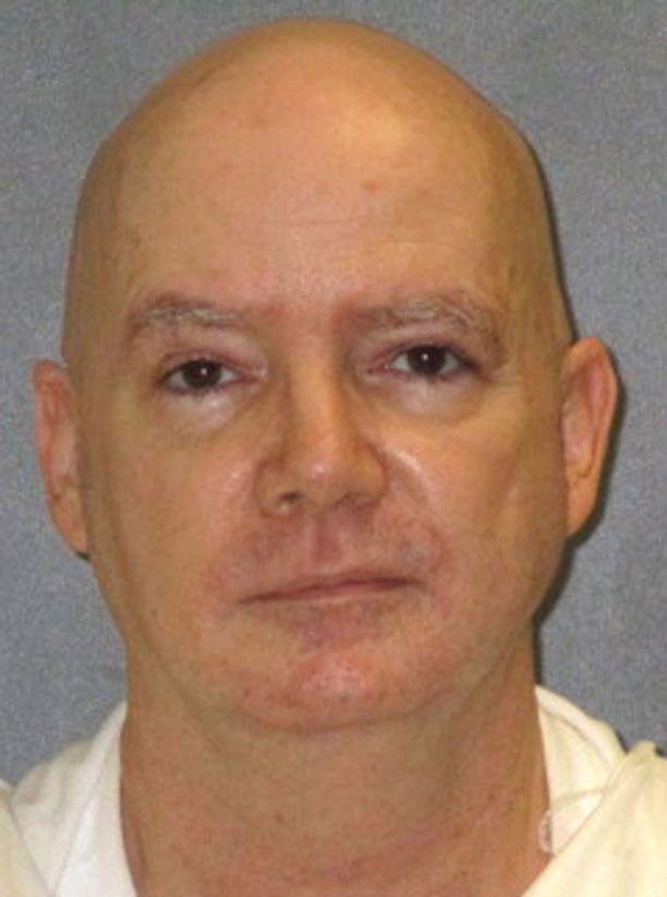 Anthony Shoren teloitus siirrettiin tammikuulle. Hän on tunnustanut murhat.
