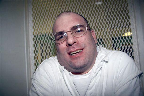 Larry Swearingen odottaa kuolemantuomiotaan Teksasissa murhasta, johon hän sanoo olevansa syytön.