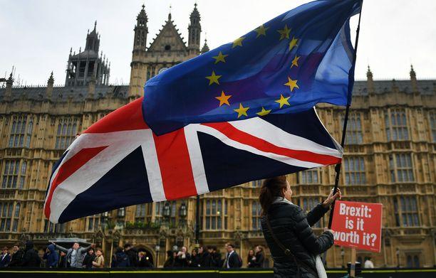 Brexitiä vastaan osoitettiin mieltä Lontoossa syyskuussa.