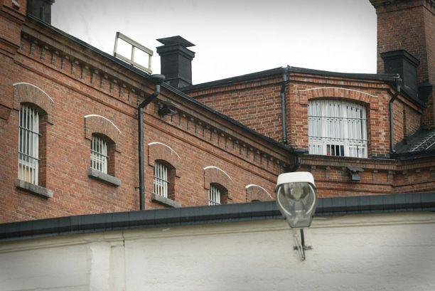 Käräjäoikeus passitti Teemu Kylmäahon Oulun vankilaan. Kylmäaho kanteli ratkaisusta Rovaniemen hovioikeuteen, mutta tuli tyrmätyksi.
