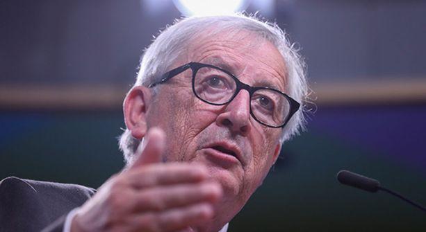 EU-kommission puheenjohtaja Jean-Claude Juncker haparoi askelissaan eilisessä Nato-kokouksessa.