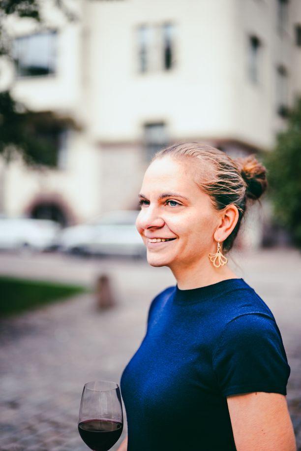 Heidi Mäkisen suorittama Master of Wine on maailman arvostetuin viinitutkinto.