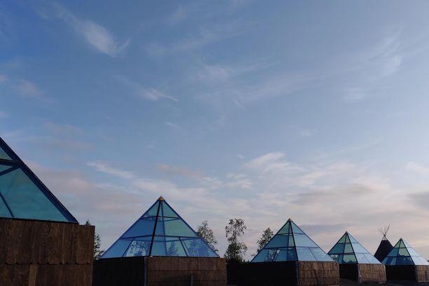 Aurora Pyramidit ovat osa Levin uutta tonttuteemaista elämyskylää.
