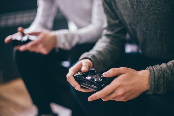 Peleissä koukuttavat asiantuntijoiden mukaan niiden sosiaalisuus, yllättävyys ja keino toimia pakopaikkana arjelle.
