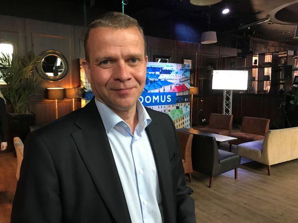 Petteri Orpon mukaan Rinteen hallitus on kuin olisi ottanut neljän vuoden köllöttelytauon ennen kuin todelliset ratkaisut on pakko tehdä.