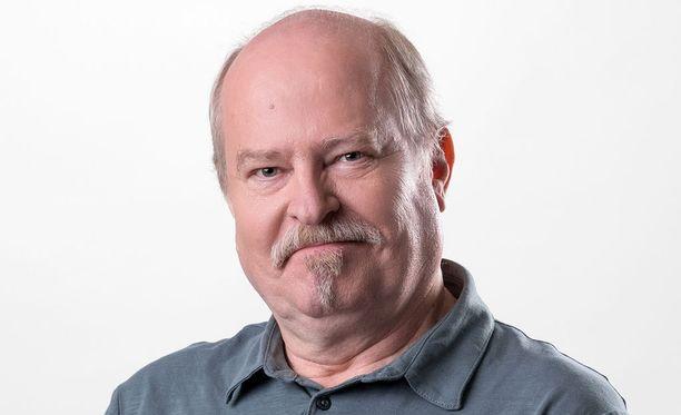 Jarmo Koski esittää Seppo Taalasmaata.