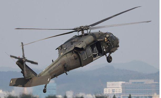 Yhdysvaltain armeija käyttää Pave Hawk -helikopteria esimerkiksi pelastustehtävissä.