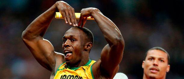 Usain Bolt juoksi itsensä Lontoossa monella tapaa historiaan.
