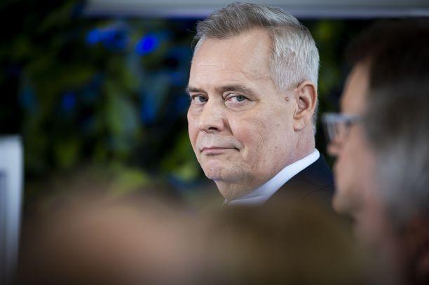 SDP:n puheenjohtaja Antti Rinne johtaa hallitustunnusteluja.
