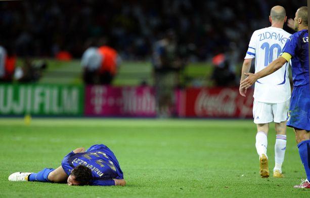 Zinedine Zidanen pelaajaura päättyi näin.