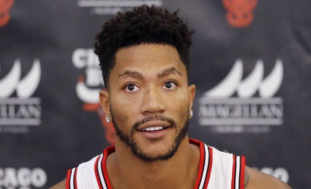 Tähtipelaaja Derrick Rose edustaa Chicago Bullsia koripallon NBA-liigassa.