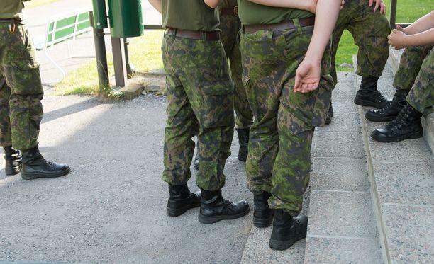 Kaakon Viestinnän tietojen mukaan video on kuvattu tänä kesänä ja sillä esiintyy Karjalan prikaatin varusmiehiä. Kuvituskuva.