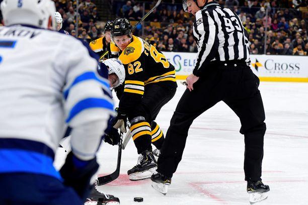 Trent Frederic on Bruinsin ensimmäisen kierroksen varaus vuodelta 2016.