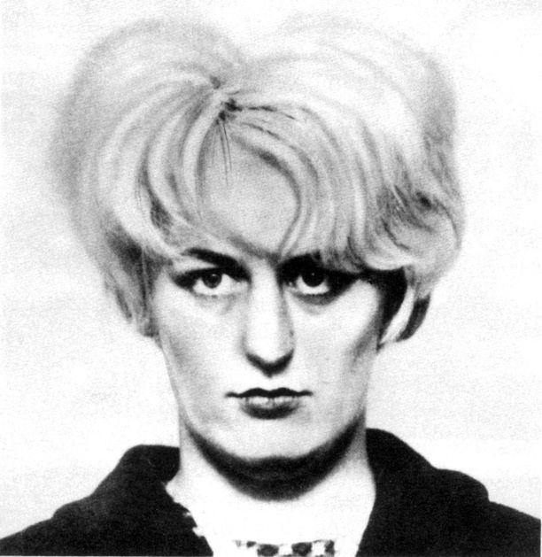 Myra Hindley pidätyskuvassa vuonna 1966.