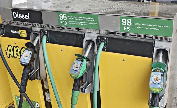 Sotkamon ABC:n kylmäasemalla bensa ja diesel menivät sekaisin. Kuva ei liity tapaukseen.