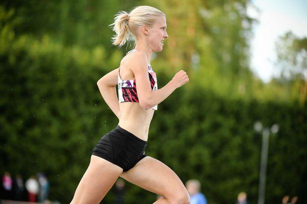 Camilla Richardsson lunasti Espoon GP:ssä kisalipun Berliinin EM-mittelöihin.