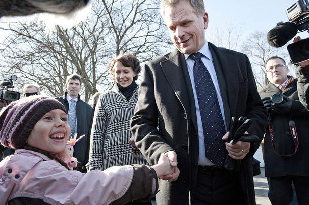 Sekä Niinistö että Haukio pitävät lapsista.