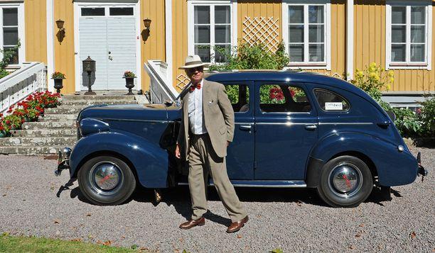 Kuninkaalla on vuoden 1946 Volvo.