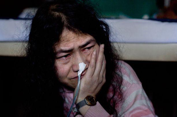 Irom Sharmila lopettaa lakkonsa tänään.