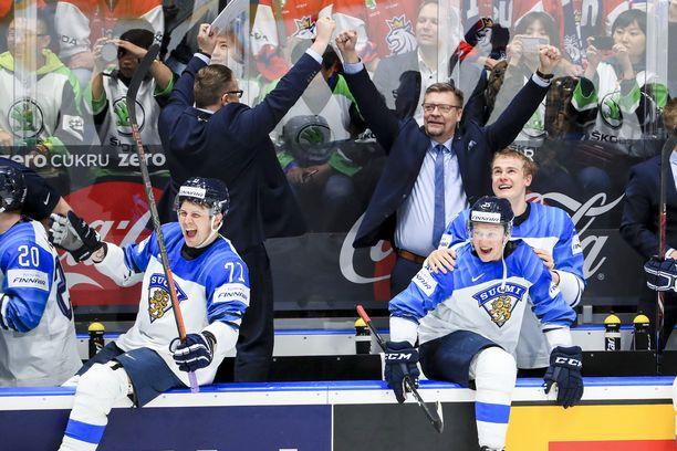 Jukka Jalosella on nyt kaksi MM-kultaa, nuorten MM-kulta ja Suomen mestaruus päävalmentajana.