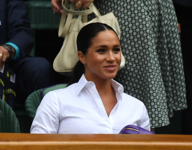 Herttuatar Meghan kuvattiin Wimbledonin tennisturnauksen katsomossa heinäkuussa.