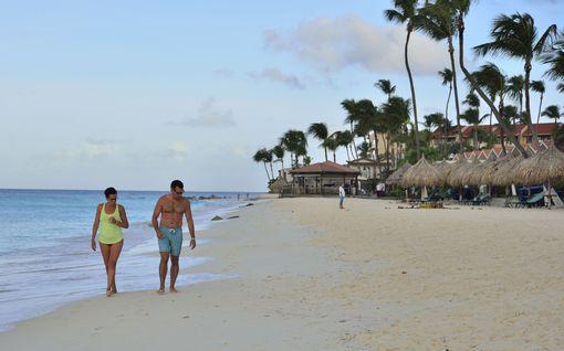 Paratiisirantoja ja upeaa luontoa - rento Aruba on turvallinen lomapaikka Karibialla