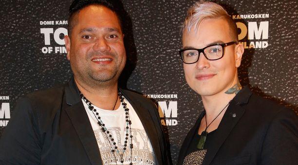 Niko Helenius ja Erney Peterson ovat seurustelleet vuoden päivät.