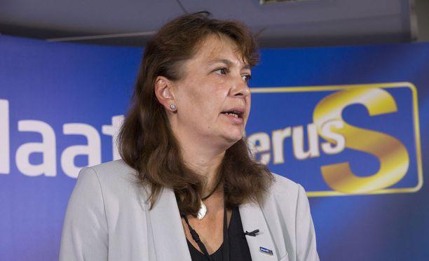 Riikka Slunga-Poutsalo kertoo Uudelle Suomelle vetäytyvänsä puoluesihteerin paikalta ensi vuoden puoluekokouksessa.