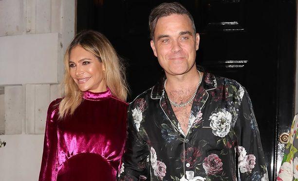 Robbie Williams ja Ayda Field ovat olleet yhdessä jo yli 12 vuotta. Pariskunnalla on kaksi lasta.