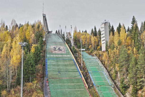 Jyväskylän kaupungissa on todettu paljon korona-altistumisia.