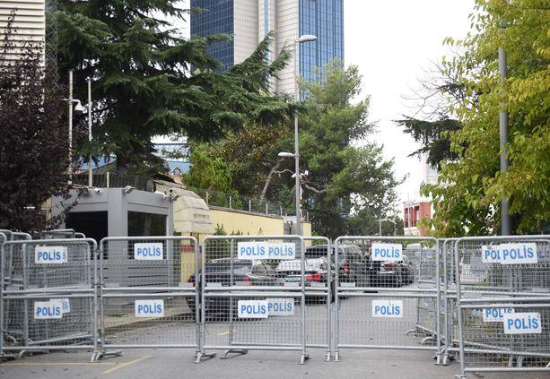 Poliisi on eristänyt Saudi-Arabian konsulaatin Istanbulissa.
