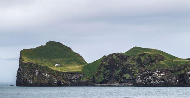 Elliðaey on karun kaunis saari Islannin etelärannikolla.