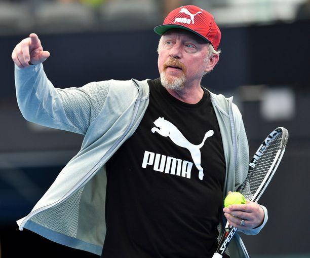 Becker opasti Saksan Davis Cup -joukkuetta Brisbanessa. Saksa ja Australia kohtaavat toisensa perjantaista alkaen.