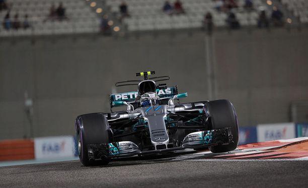 Valtteri Bottas ajoi kauden ja koko F1-uransa neljännen paalupaikan.