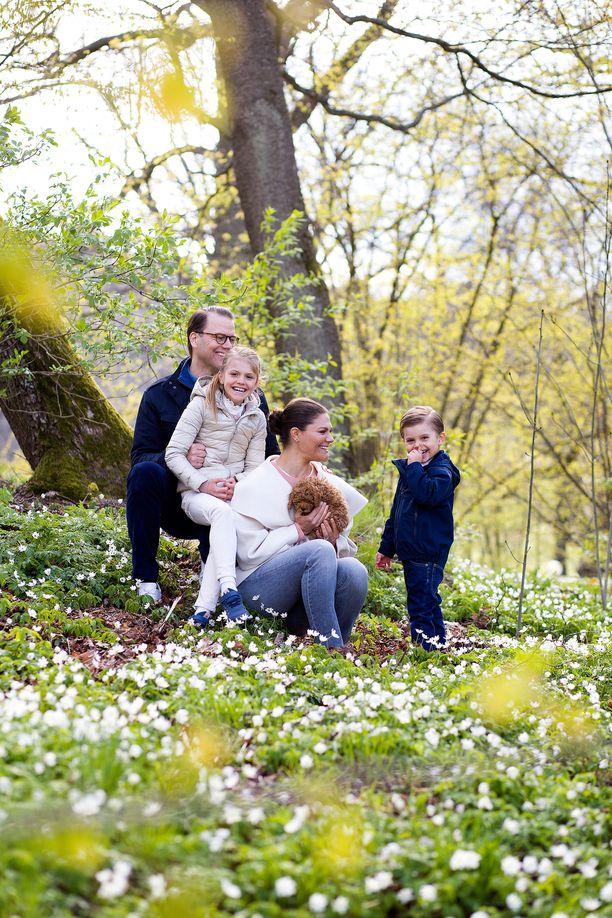 Kruununprinsessa Victorian perhe pääsee sittenkin Sollideniin.