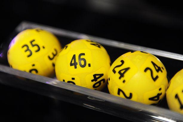 Eurojackpotin kierroksen 38/2018 arvonnassa ei löytynyt yhtään täysosumaa.