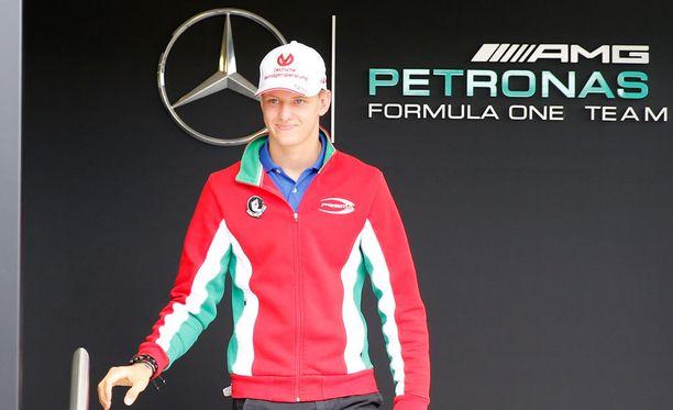 Mick Schumacherista on alettu leipoa jo F1-kuskia.