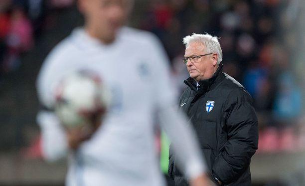 Hans Backe oli peli-ilmeeseen tyytyväinen tappiosta huolimatta.