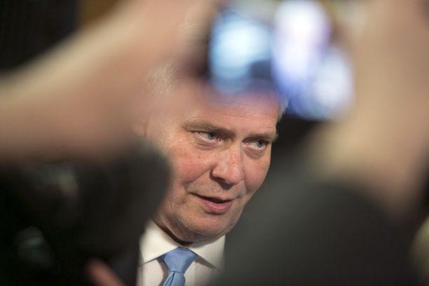 Antti Rinteen (sd) hallitusohjelmaluonnos yrittää torjua eriarvoistumista myös EU-tasolla.